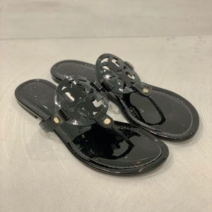 PERFECT Tory Burch Miller Black Patent Sandal 10M